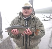 Guide Pepe Fly Borzi in Hodgman gear - Argentina -